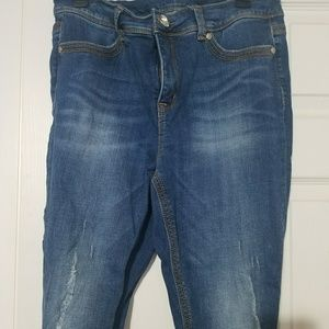 Melissa McCarthy designer jeans